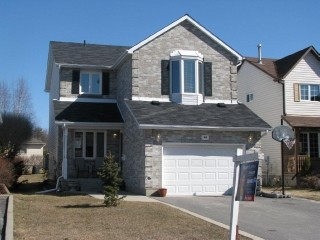 998 lombardy st, Kingston Ontario, Canada
